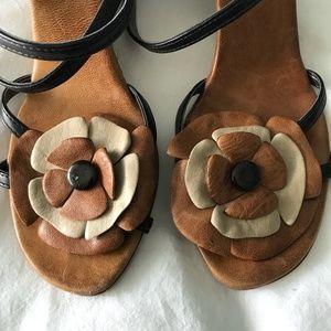 Aldo sandal with floral detail